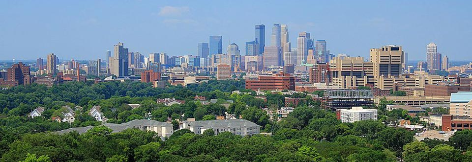 Minneapolis_skyline_from_Prospect_Park_Water_Tower_July_2014